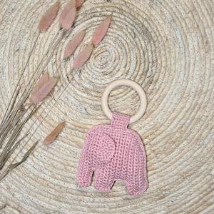 Olifant gehaakt bijtring baby